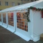 Mikołajkowa akcja wyprzedaży w namiotach - Mielec.