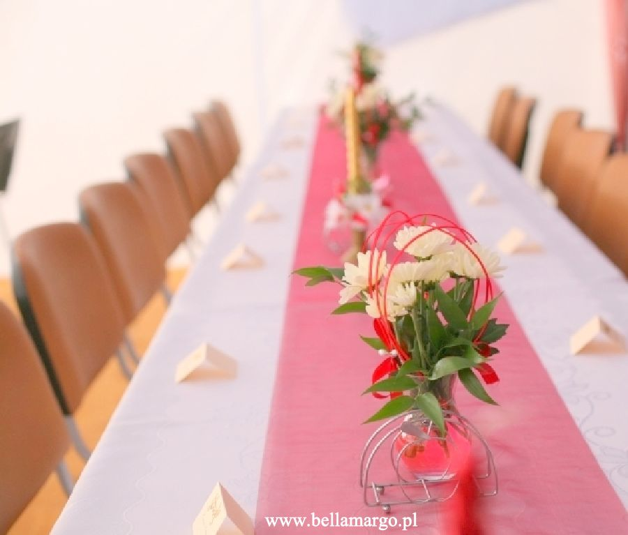 Wypożyczalnia dekoracji weselnych.